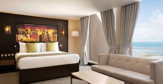 Ramada Resort by Wyndham Dar es Salaam - Dar Es Salaam - Bedroom