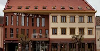 Hotel Óbester - Ντέμπρετσεν