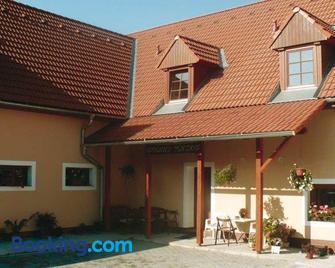 Rodinny penzion Kunc - Slavonice - Building