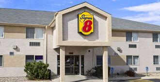 Super 8 by Wyndham Colorado Springs Airport - Colorado Springs - Edificio