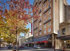 Ibis Perth - Perth - Building