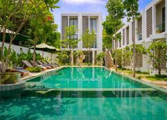 Phka Chan Hotel - Ciudad de Siem Riep - Piscina