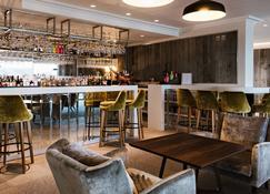 Low Wood Bay - Coniston - Bar