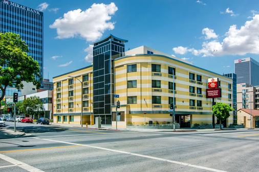 Best Western Plus LA Mid-Town Hotel - Los Angeles - Rakennus