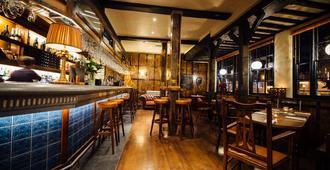 The Blue Boar - Witney - Bar