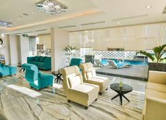 Golden Tulip Essential Tangerang - Tangerang City - Lounge