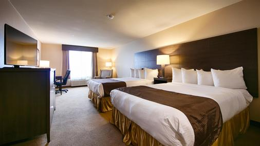 Best Western Plus Saint John Hotel & Suites - Saint John - Bedroom