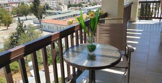 Layiotis Hotel Apartments - Larnaca
