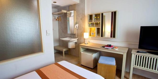 曼谷莊酒店 - 曼谷 - 臥室