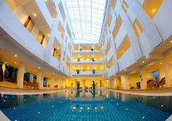 Trang Hotel Bangkok - Bangkok - Pool
