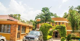 Royal Crane Resort - Arua