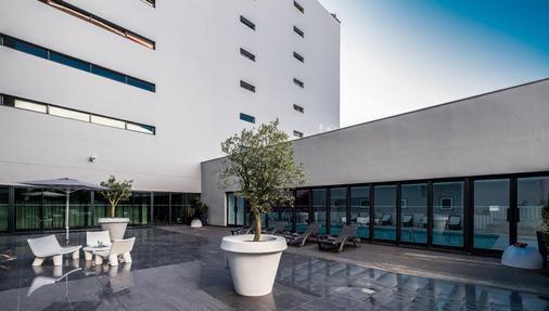 Vila Gale Opera - Lisbon - Toà nhà