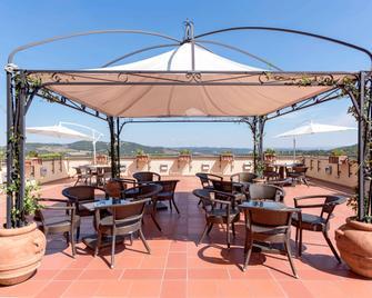 Mercure Petriolo Siena Terme Spa Hotel - Civitella Paganico - Bar