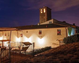 Country Hotel Borgo Sant'ippolito - Lastra a Signa