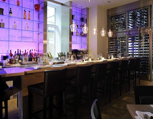 Hotel 71 by Preferred Hotels & Resorts - Québec City - Bar