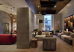 Hotel 71 by Preferred Hotels & Resorts - Quebec - Area lounge