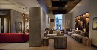 Hotel 71 by Preferred Hotels & Resorts - קוויבק סיטי - טרקלין