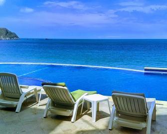 Hotel Bogavante - Barra de Navidad - Pool