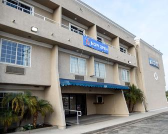 Motel 6 Azusa, CA - Azusa - Gebäude