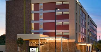 Home2 Suites by Hilton Roanoke - Roanoke