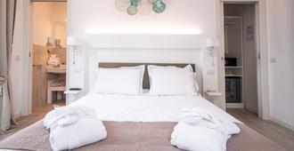 艾利薩住宅飯店 - 德森扎諾-加爾他 - 臥室