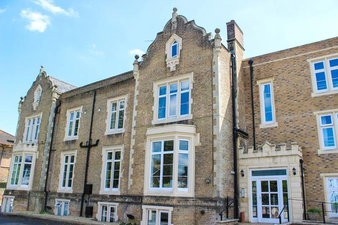 Blorenge House - Taunton - Building