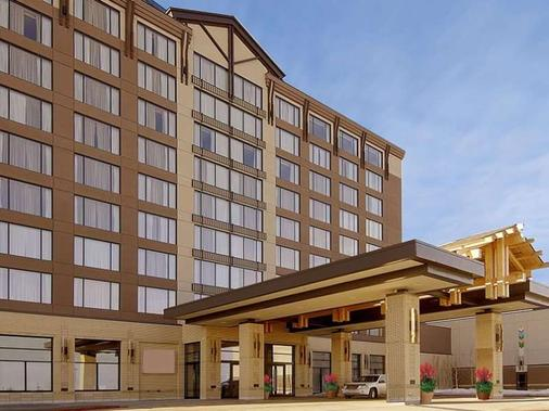 River Cree Resort & Casino - Edmonton - Building