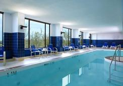 River Cree Resort & Casino - Edmonton - Pool
