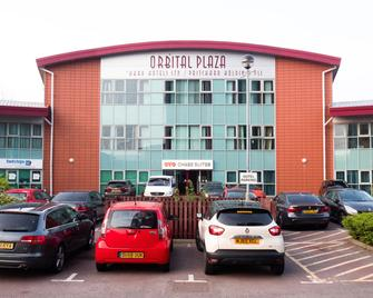 OYO Chase Suites - Cannock - Building