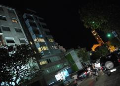 리젠시 골프 호텔 우르바노 - 몬테비데오 - 건물