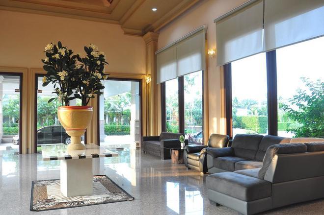 Pearl Resort And Hotel - Pak Kret - Recepción