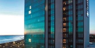 Radisson Blu Hotel, Port Elizabeth - פורט אליזבת' - בניין