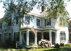 イサイア ジョーンズ ホームステッド ベッド & ブレックファースト - サンドイッチ - 建物