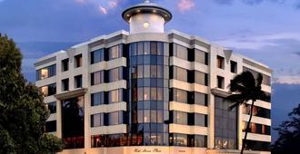 هوتل مارين بلازا - مومباي - مبنى
