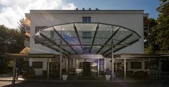 Apart-Hotel Zurich Airport - Опфикон