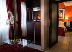 Best Western Plus Grand Hotel Victor Hugo - Luxemburgo - Servicio de la habitación