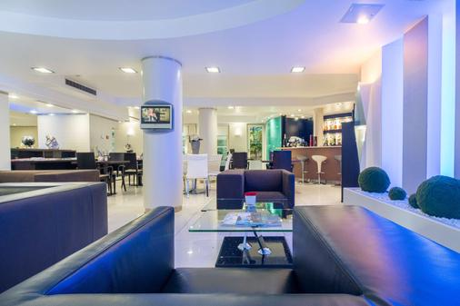 Best Western Plus Grand Hotel Victor Hugo - Luxembourg - Bar