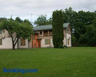 Parks Guest House - Sigulda - Gebouw