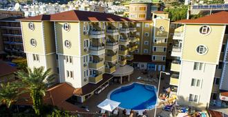 Kleopatra Ada Hotel - Alanya - Building