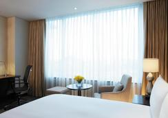 Lotte City Hotel Gimpo Airport - Seoul - Bedroom