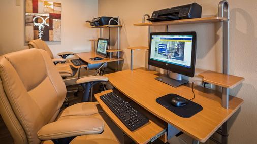 Best Western Garden Inn - Santa Rosa - Business center