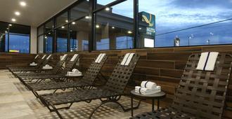 奧克伍德品質酒店 - 斯波坎 - 斯波坎 - 游泳池