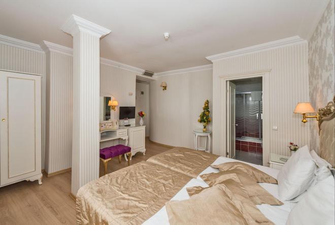 Hotel Santa Sophia - Istanbul - Bedroom