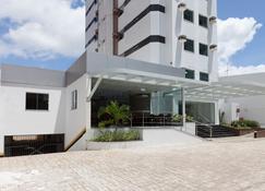 Rede Andrade Hangar - Belém - Bangunan