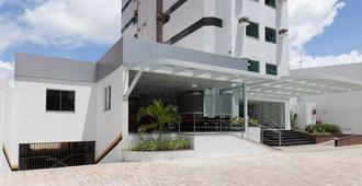 Rede Andrade Hangar - Belém - Toà nhà