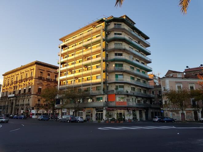B&B Sul Molo - Catania - Building