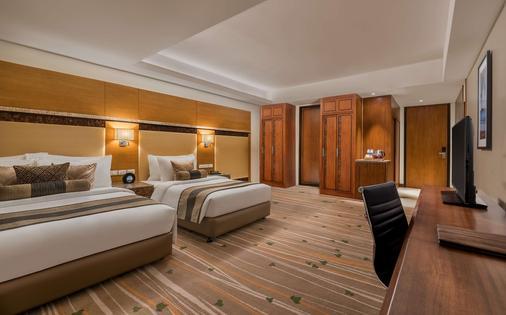 Best Western Plus The Ivywall Hotel - Puerto Princesa - Makuuhuone
