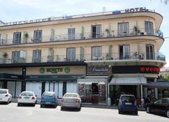 Miramare Hotel - Voúla - Building