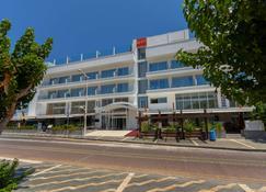 Protaras Plaza Hotel - Protaras - Building