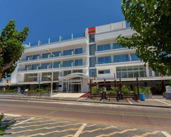 Protaras Plaza Hotel - Протарас - Building